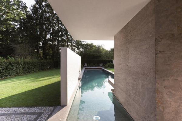 House-L-Stephan-Maria-Lang-3-600x400