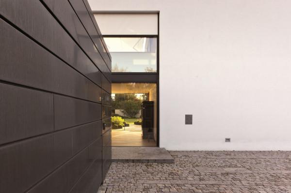 House-L-Stephan-Maria-Lang-5-600x399